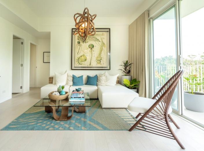 32 Sanson   Vito Selma Living Room