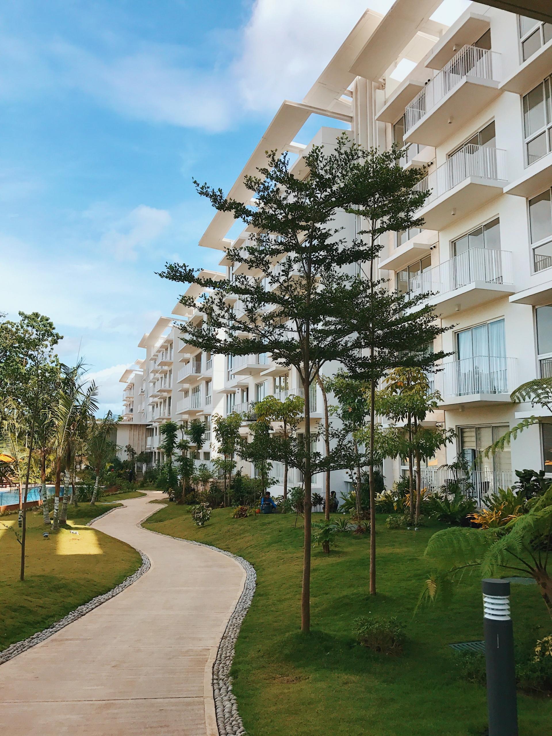 32 Sanson | outdoor building trees
